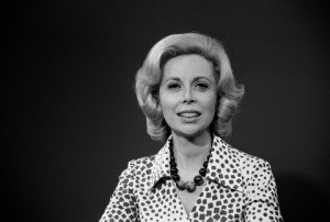 Joyce Brothers In A CBS 'Bicentennial Minute'
