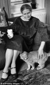 doris and cat