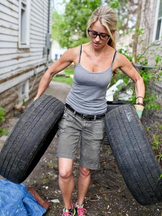 nicole_curtis_tires
